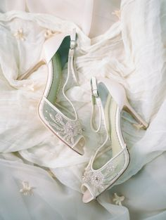 Palace of The Fine Arts Elopement Ideas - Bajan Wed Bridal Wedding Shoes, Bridal Heels, Wedding Shoes Heels, Chunky High Heels, Black High Heels, Beautiful High Heels, Beautiful Bride, Shoe Palace, Comfortable High Heels
