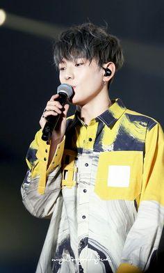 iKON - 김동혁 - Kim Donghyuk - Donghyuk (Kim JinHwan - Song YunHyeong - Bobby / Kim JiWon - B.I / Kim HanBin - JuNe / Koo JunHoe - Jung ChanWoo)