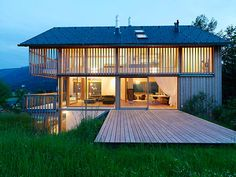Home Decoration Design Ideas Modern Tropical, Tropical Houses, Thai House, Farm Stay, Wooden House, House In The Woods, Beautiful Homes, Villa, House Design