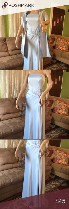 "Bridesmaids light blue long dress size 6 Strapless Satin Ball Gown Bridesmaid Dress Elegant and timeless, this satin number will look fabulous on your bridesmaids! Very delicate embroidery flowers with bids in the waist side also the is a short train on the back. Full lined 100% Polyester from the waist sown is 41"" and 33"" around the chest. There is a 20"" opening on left knee down. Comes with same fabric scarf. David's Bridal Dresses Strapless"