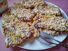 Prasselkuchen, a nice recipe from the category cake. Ratings: Average: Ø Prasselkuchen, a nice recipe from the category cake. Easy Cake Recipes, Sweet Cakes, Coffee Cake, Hot Dog, Banana Bread, Gingerbread, Deserts, Food And Drink, Sweets