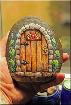 fairy door painted on rocks – Art Garden Ideas fairy door painted on rock Fantasy and rock art never get boring! Art Painting, Rock Painting Patterns, Art, Painting Crafts, Easy Paintings