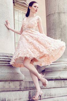 Kana Sleeveless Short Wedding Dress