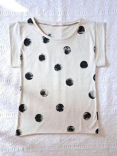 Oversized womens tshirt in organic cotton - stencil art - polka dots #spots #dots #circles