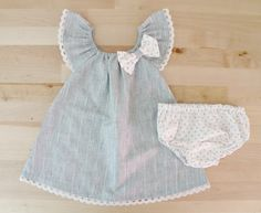 Newborn Set, Elegant Ruffle Sleeves Dress with lace for little girl, Gift Set for Newborn babies, Baby outfit