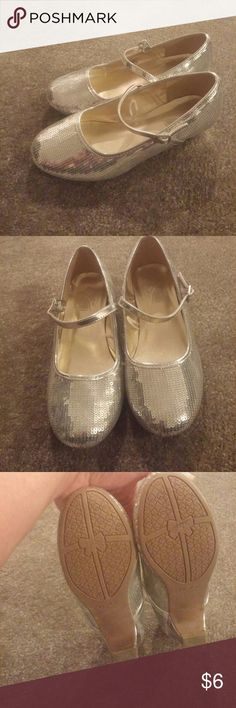Shoes Children's place silver sequenced heel shoes with strap size 1 excellent condition wore once Children's Place Shoes Dress Shoes