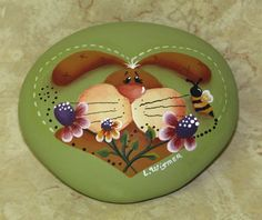 I have this pattern but I never thought to paint it on a rock, I am going to have to try it :)