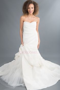 VOWS Bridal offers a curated collection of designer special order wedding gowns and off the rack wedding dress samples. Let our expert stylists help you today! Vows Bridal, Designer Wedding Gowns, Monique Lhuillier, Trumpet, One Shoulder Wedding Dress, Stylists, Bride, Collection, Fashion
