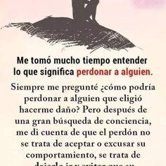 Spanish Inspirational Quotes, Happy Birthday Messages, Good Night Image, Humor, My Love, Study, Iphone, Romantic Love, Paulo Coelho