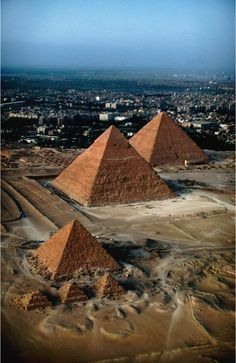 Great Pyramids of Giza, Cairo, Egypt
