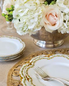 Neutral and gold accents give way to white hydrangeas artfully arranged among light blush roses, which bring along a glimpse of winter's soft elegance. White Hydrangeas, Southern Ladies, Blush Roses, Gold Accents, Floral Arrangements, Neutral, Photo And Video, Elegant, Winter