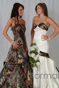 LOVE the white dress with coma detailing on the right. THAT's how you do a camo wedding dress <3 #camo #wedding #dress