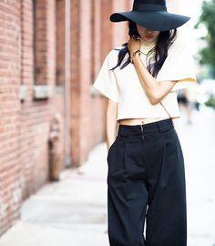 Ji Hyun Jung - Mercedes Benz New York Fashion Week Spring Summer 2015 New York Fashion, City Fashion, Mercedes Benz, Nyfw Street Style, Ootd, Korean Street Fashion, Ideias Fashion, Fashion Looks, Style Inspiration