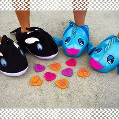 Store Closing, Make You Smile, Slippers, Make It Yourself, How To Make, Shoes, Heart, Sneakers, Zapatos