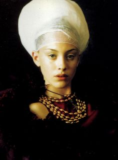 """""""Infanta Style"""" photographed by Paolo Roversi for Vogue Italia 1997 #renaissance revival"""