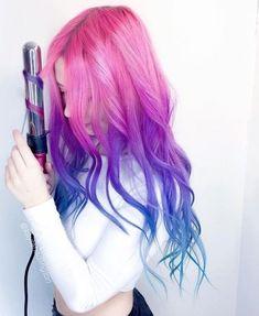 want to do this - Modern Cute Hair Colors, Pretty Hair Color, Hair Dye Colors, Hair Color Dark, Galaxy Hair Color, Best Hair Dye, Dye My Hair, Neon Hair, Aesthetic Hair