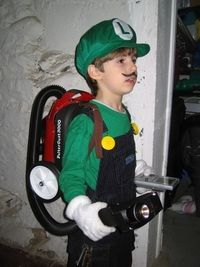 fortend: Luigi's Mansion Costume