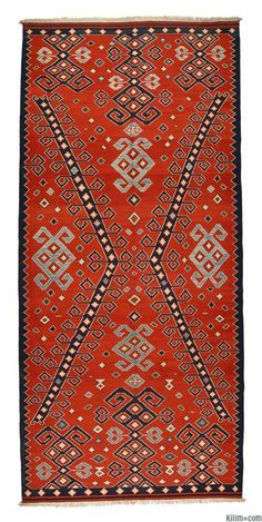 New Turkish Kilim Rug hand-woven with vegetable-dyed and hand-spun wool.