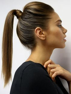 Stay Sleek in the Sun with a High Pony