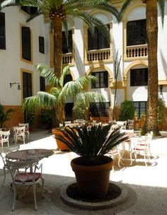 Courtyard of Hotel off Jaime III Hotel Born
