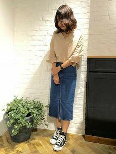 satsukiさんの「タイプライターVネックシャツ8S 713218(apart by lowrys)」を使ったコーディネート