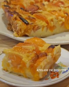 Far aux abricots - Atelier de Brigitte, cuisine, recettes, partages, - Apocalypse Now And Then Chicken Menu, Cooked Chicken Recipes, Meat Recipes, Cake Recipes, Snack Recipes, Cooking Recipes, German Torte Recipe, Strawberry Torte Recipe, Mousse Au Chocolat Torte