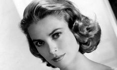 September Hollywood star and real-life princess Grace Kelly dies. On this day in Princess Grace of Monaco–the American-born former film star Grace Kelly, whose movie credits include. Glamour Hollywoodien, Old Hollywood Glamour, Golden Age Of Hollywood, Classic Hollywood, Hollywood Star, Old Hollywood Actresses, Classic Actresses, Hollywood Icons, Hollywood Life