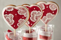 Cupcakes are my new love: Be My Valentine - Heart Cookie Pops