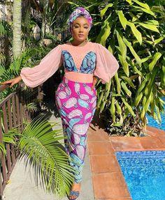 Latest African Fashion Dresses, African Dresses For Women, African Print Fashion, Ankara Fashion, Fashion Outfits, African Bridesmaid Dresses, African Blouses, Straight Dress, Muslim Fashion