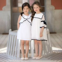 Keys To Shopping For Kids Clothes – Clothing Looks Baby Dress Design, Baby Girl Dress Patterns, Little Girl Dresses, Girls Dresses, White Dress Outfit, Cute White Dress, Dress Outfits, Girl Outfits, Kids Gown