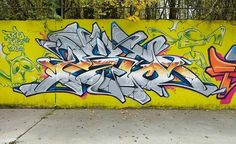 Graffiti Artwork, Graffiti Painting, Graffiti Lettering, Graffiti Wall, Typography, Graffiti Spray Paint, Wildstyle, Graffiti Styles, Weird Art