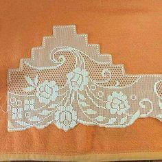 Filet Crochet, Irish Crochet, Yarn Crafts, Diy And Crafts, Duvet, Crocheting, Cups, Dish, Towels
