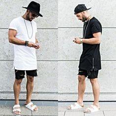 Comprar ropa de este look: https://lookastic.es/moda-hombre/looks/camiseta-con-cuello-barco-pantalones-cortos-sandalias-sombrero-gafas-de-sol-pulsera/12041 — Sombrero de Lana Negro — Gafas de Sol Negras — Camiseta con Cuello Circular Blanca — Pulsera Negra — Pantalones Cortos Vaqueros Negros — Sandalias de Cuero Blancas
