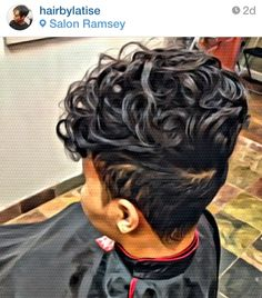 I don't think i look right with short hair but i LOVE this cut n style! Dope Hairstyles, Short Black Hairstyles, Short Hair Cuts, Love Hair, Great Hair, Gorgeous Hair, Beautiful, Hot Hair Styles, Curly Hair Styles