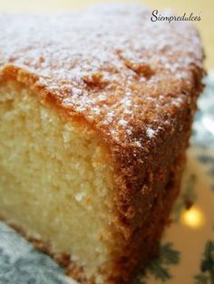 Bizcocho genoves con harina de almendra Dessert Cake Recipes, Best Cake Recipes, Sweet Recipes, Party Recipes, Skinny Banana Bread, Chocolate Flan, Delicious Deserts, Pan Dulce, Gluten Free Muffins