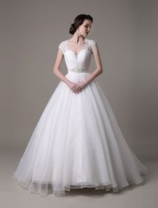 2016 Ball Gown Sweetheart Organza Wedding Dress With Lace Applique Beading Sequins Sash