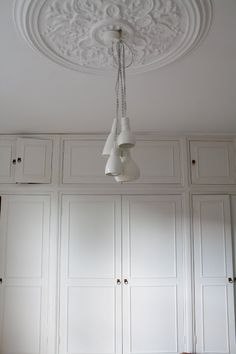 Beautiful ceiling rose for the bedroom. Interior Blogs, Best Interior, Interior Inspiration, Interior Design, Hallway Mirror, Mirrors, Lounge Lighting, Georgian Interiors, Bedroom Cupboard Designs