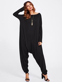 To find out about the Drop Crotch Jersey Jumpsuit at SHEIN, part of our latest Jumpsuits ready to shop online today! Rompers Women, Jumpsuits For Women, Drop Crotch, Weekend Wear, Playsuits, Romwe, Fashion News, Ootd Fashion, Fashion Dresses