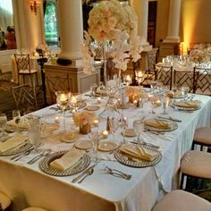 We love this layout for a different table set for guests like this wedding at #rubyhillweddings. The Club at Ruby Hill. #theknotbestof