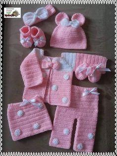 Crochet Baby Dress Free Pattern, Free Baby Patterns, Baby Boy Knitting Patterns, Crochet Coat, Baby Clothes Patterns, Baby Girl Crochet, Crochet For Boys, Newborn Crochet, Baby Knitting