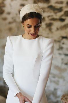 White Maxi Dresses, Modest Wedding Dresses, White Dress, Dresses With Sleeves, Dress Wedding, Sundresses Women, Cheap Dresses Online, Plunge Dress, Handkerchief Dress