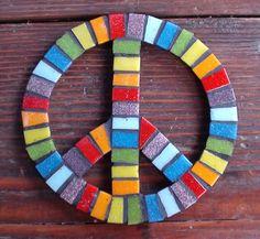 Paz  Mosaico Veneciano - http://mosaicoveneciano.com/simbolo-paz-arcoiris/