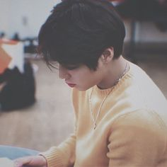 [Completed] ❝The only one who isn't interested when everyone is craz… # Fiksi Penggemar # amreading # books # wattpad Park Jihoon Produce 101, Pink Park, Baby Park, Cho Chang, First Boyfriend, Kim Jaehwan, Child Actors, Photos Tumblr, Love At First Sight