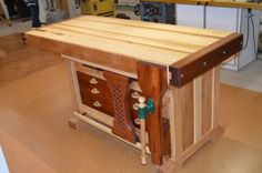 Woodworking Bench Ideas Designs no. 714 Smart Woodworking Bench Ideas For Garage Spaces Woodworking Bench Plans, Woodworking Basics, Easy Woodworking Projects, Fine Woodworking, Woodworking Store, Woodworking Magazine, Woodworking Videos, Woodworking Quotes, Youtube Woodworking