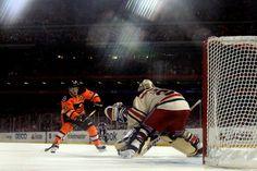 SAVE by Lundqvist!!