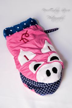 Pig Oven Mitt by BahBahCo on Etsy