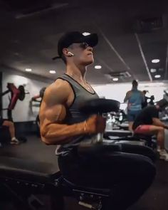 Working on them boulders with this shoulders & arms workout, make sure you give it a try so you can secure the gains! Try these Seated Hammer Curls - 4 x (each arm)! Arm Workout Men, Workout Videos For Men, Gym Workout Tips, Weight Training Workouts, Biceps Workout, Workout Fitness, Shoulder And Arm Workout, Arm Workouts At Home, Target Fitness