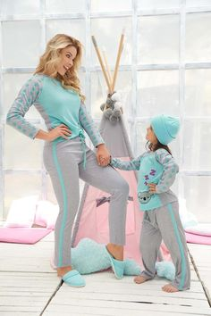 Night Suit For Girl, Night Dress For Women, Mother Daughter Matching Outfits, Mother Daughter Fashion, Cute Pajamas, Pajamas Women, Family Outfits, Cute Outfits, How To Dress A Bed