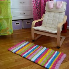 Crochet in Color: Stripey Spring Rug Instructions this rug is crazy easy!! its done in slip stitches to add bulk and a fun look. i really want to do this!