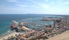 Alicante, widok na port, Hiszpania